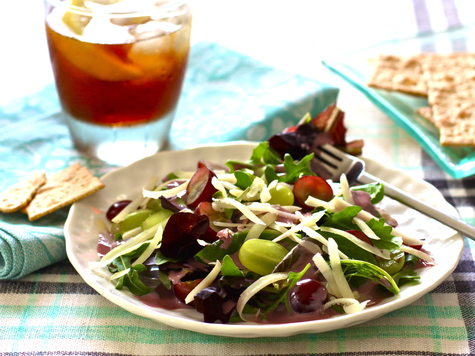 Fresh Grape and Cheddar Salad with Grape-Yogurt Dressing